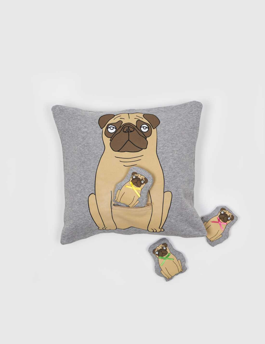 Product thumbnail of Pug Kuddfodral