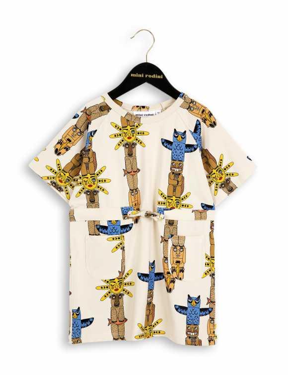 Totem t-shirt dress