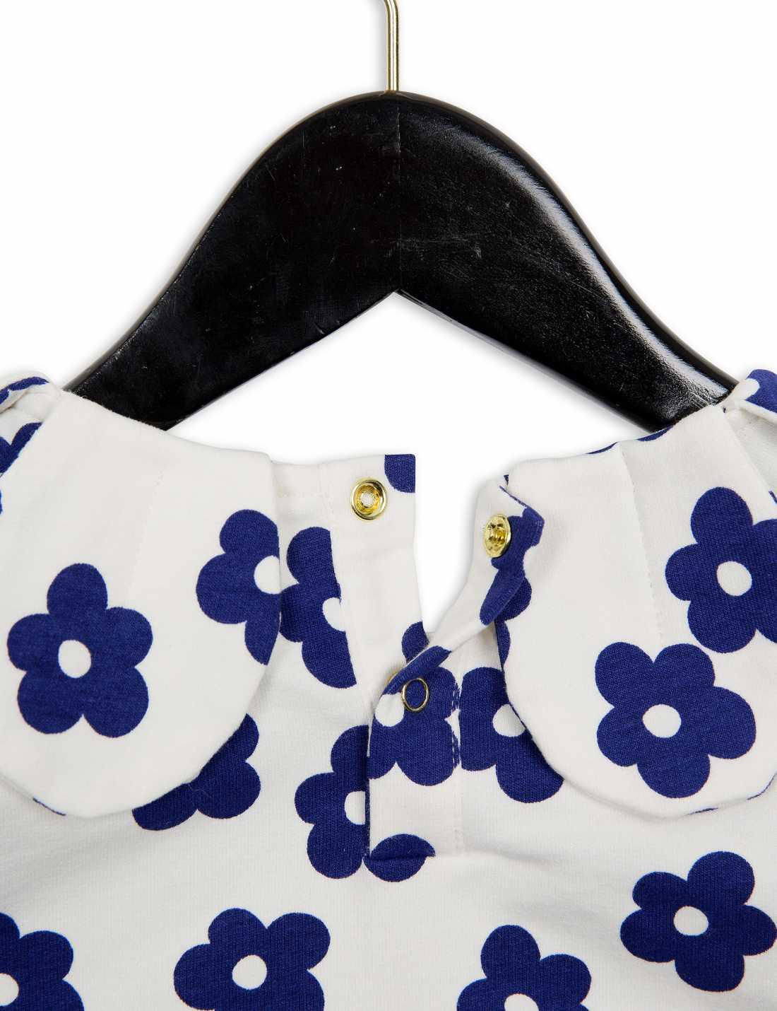 Blossom Petal Sweatshirt